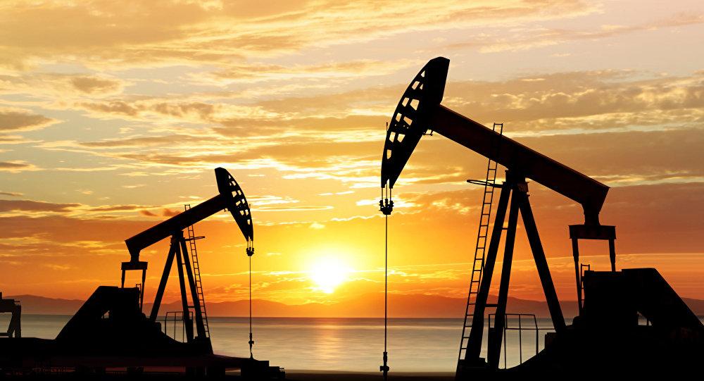 پارافین از نفت استخراج می شود
